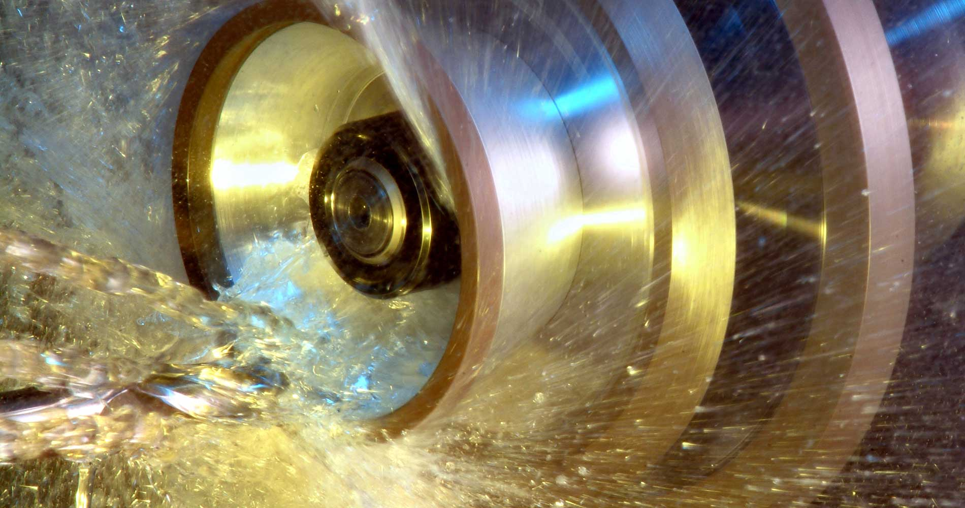 Tool Grinder in action